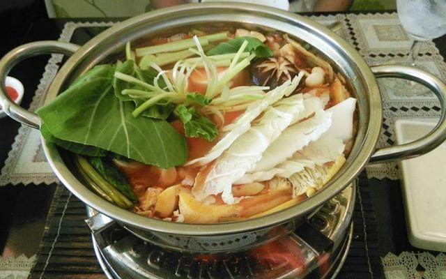 Lẩu Nấm Chay An Nhiên - Nguyễn Phi Khanh