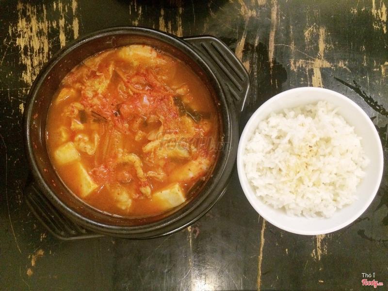 súp kim chi