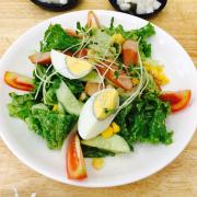 Salad xúc xích