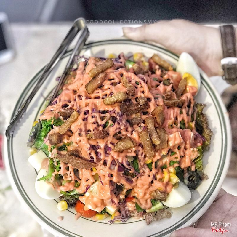 Salad thịt xông khói 110k