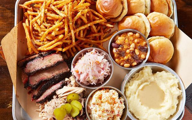 La Smoke House - Texas BBQ & Beer