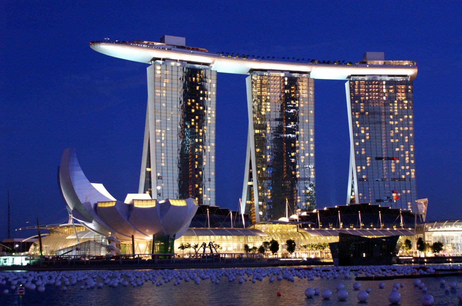 Kết quả hình ảnh cho khách sạn Marina Bay Sands