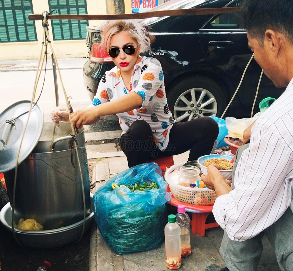 Chị Dậu đi bán mì tôm \u003d)) (Hình ảnh : FB Quang Thái)