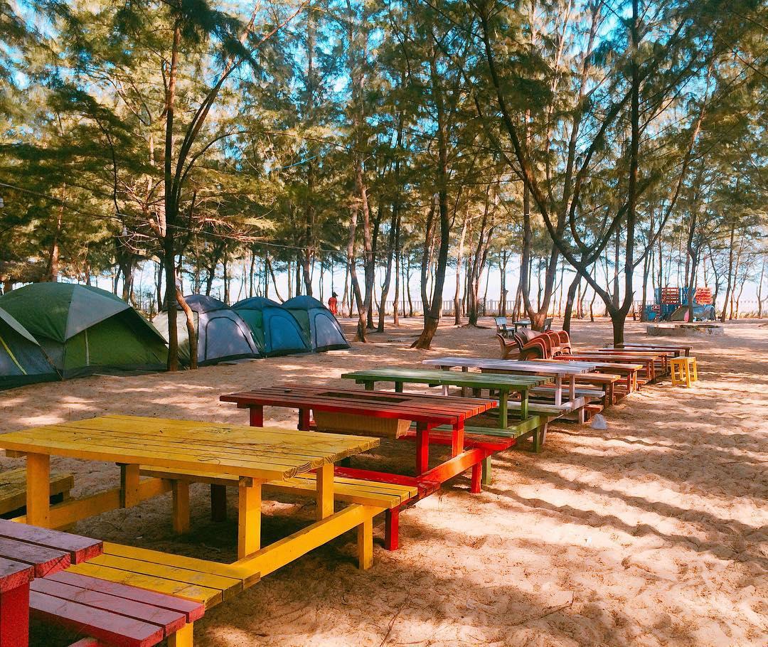 Rần rần check-in khu cắm trại liền biển đẹp trụy tim giới trẻ Sài Thành