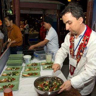 """Vi vu Hội An """"ăn trọn thế giới"""" tại đại tiệc ẩm thực quốc tế siêu hoành tráng"""