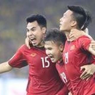 [Huế] Lập hội cổ vũ đội tuyển Việt Nam cùng deal siêu hot
