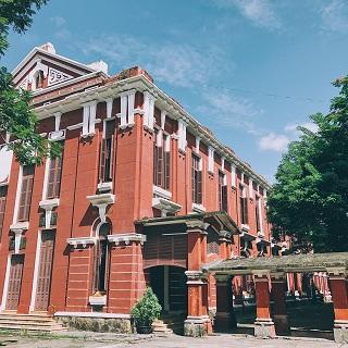 Lạc giữa trời Tây ở ngôi trường Việt đẹp tựa đại học Harvard