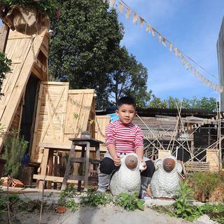 Trải nghiệm trồng cây trồng hoa ngay trong homestay siêu xinh ngay Đà Lạt