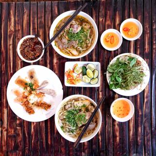 6 QUÁN BÚN BÒ nổi hơn cả thập kỷ tại Sài Gòn