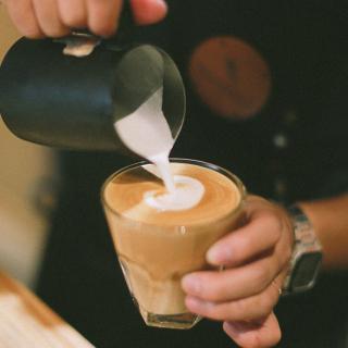 Cảm nhận hương mùa đông tại NHỮNG QUÁN CAFE RANG XAY thơm nức cả trời Hà Nội