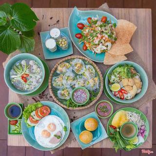 Tận hưởng bữa sáng sang chảnh giá bình dân trong không gian ẩm thực thuần Việt giữa phố Hội