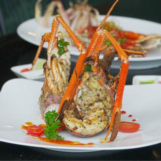 """[ĐN] """"Bóc tem"""" nhà hàng hải sản cực sang sở hữu vị trí """"vàng"""" ngắm view biển tuyệt đẹp"""