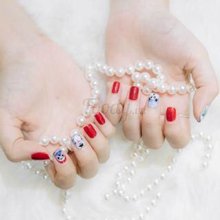 """[ĐN] """"Bóc tem"""" tiệm nails vui nhộn làm đẹp chuyên nghiệp với giá bình dân"""
