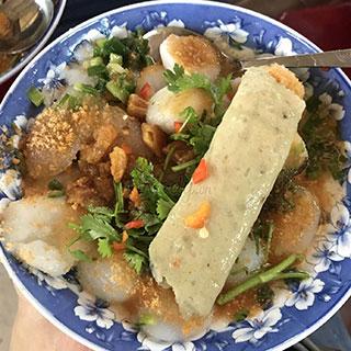 Tất tần tật các tọa độ tìm món miền Trung được giới trẻ thích tại Sài Gòn