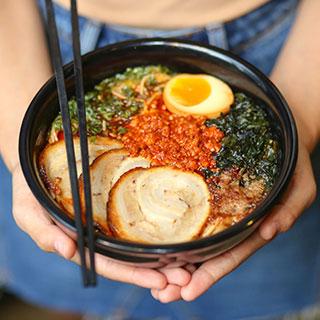 Truy tìm Ramen soup trắng ngon đúng điệu Nhật giữa lòng Sài Gòn