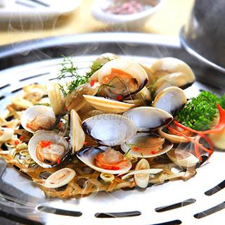 (HCM) Chết mê món hấp ngon khó cưỡng tại Hải Sản Hun Khói Chang Kang Kung