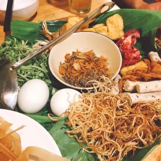 (HCM) Khó lòng mà từ chối 1001 kiểu ăn vặt món Bắc ở Sài Gòn