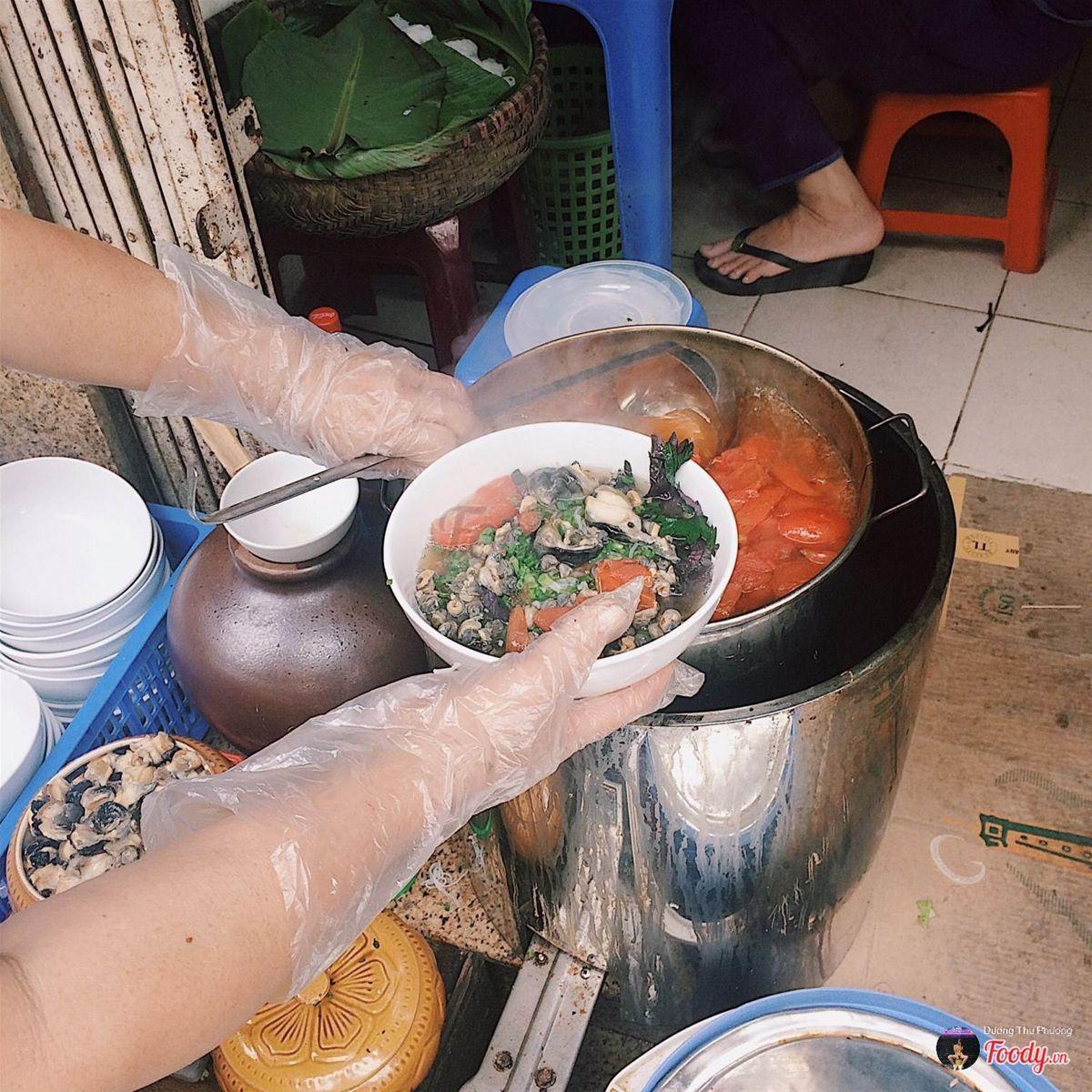Bún ốc cô Huệ-Nguyễn Siêu