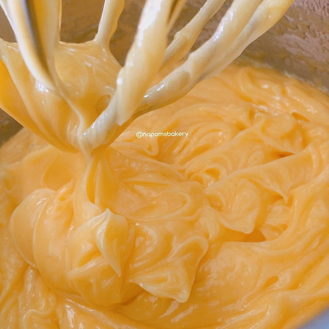 Bông lan trứng muối ngon ở hà nội