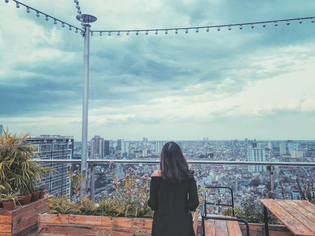 dia-diem-hen-ho-tren-rooftop-1
