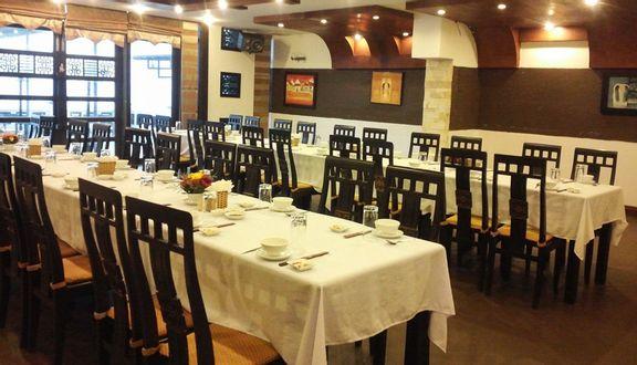 Blue Whale - Restaurant & Bar