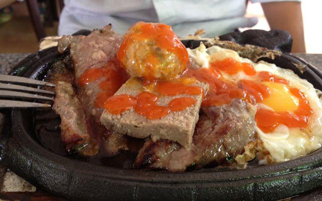 Beefsteak Nam Sơn - Nguyễn Thị Minh Khai