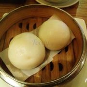 Bánh bao trứng sữa