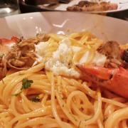 Tomato Spaghetti with crab and Tomato sauce vị lạ và ngon - giá 210K