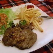 steak làm theo kiểu Việt, ko ngon lắm mà mắc (99k)