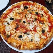 Pizza cá mòi