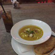 Long island tea + súp bí đỏ