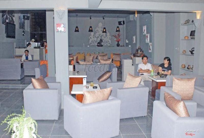 Không gian tầng ngồi sofa