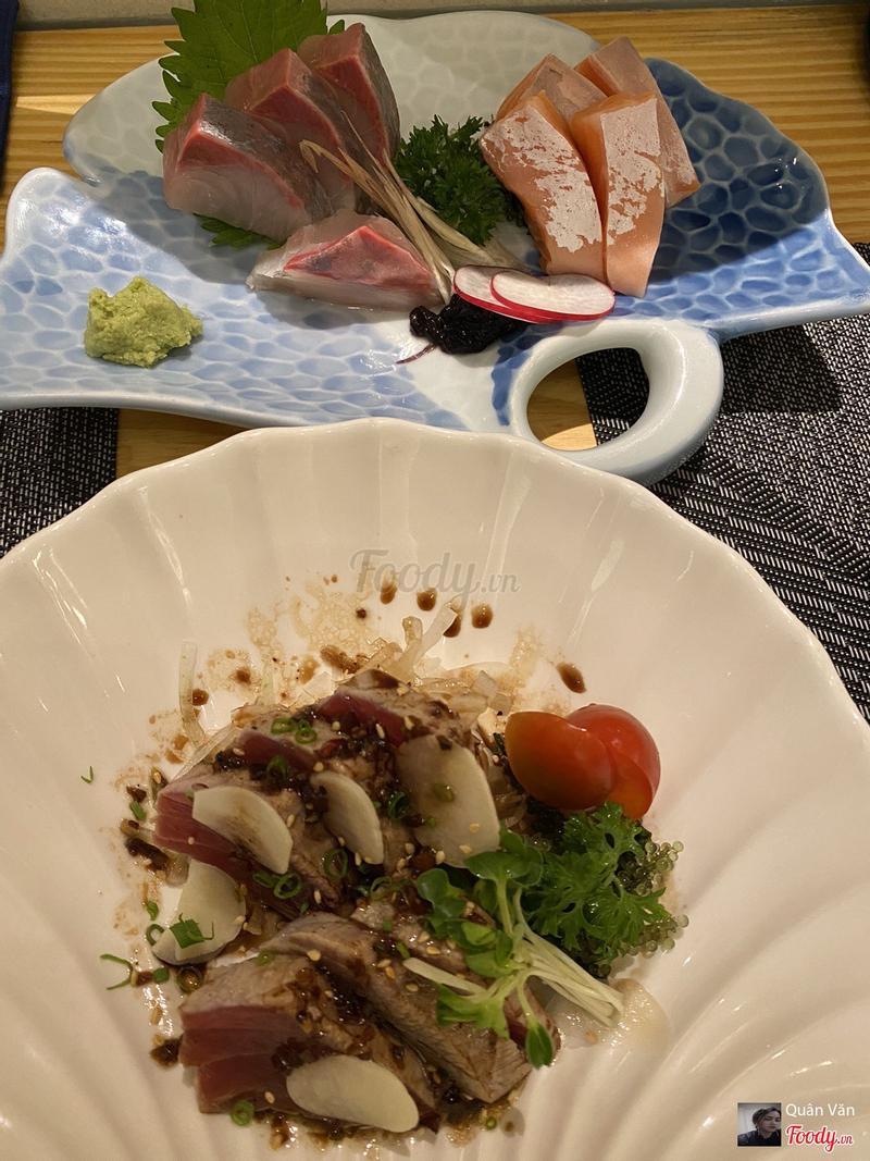 Sashi cá hồi và cá ngừ