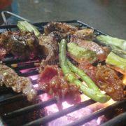 thịt nai nướng, nhũ dê và thịt thỏ