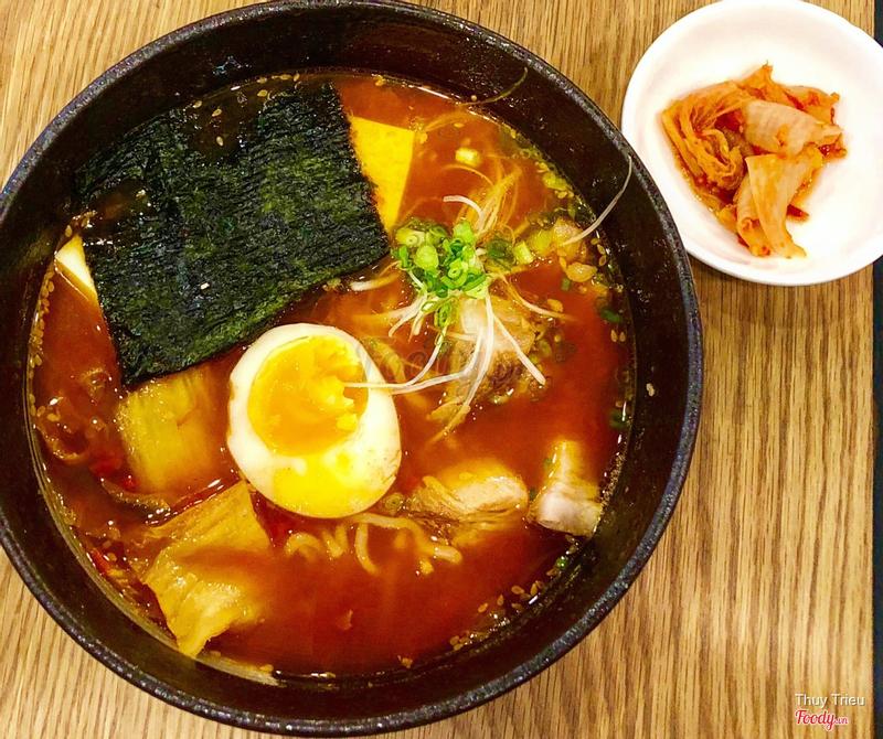 Mì ramen kimchi xá xíu