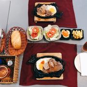 Đồ dùng & món ăn được bày biện sạch sẽ tươm tất hơn lúc trước