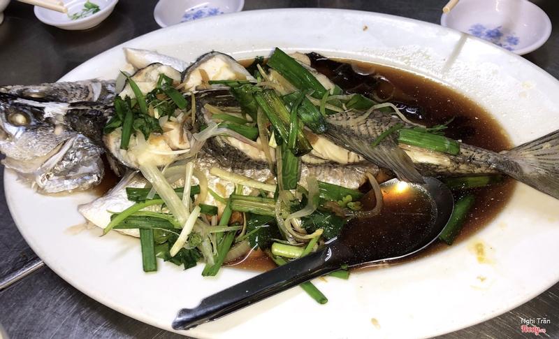 Cá chẽm hấp hongkong