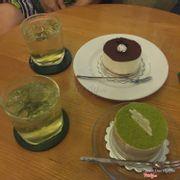 Bánh trà xanh + tiramisu