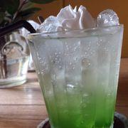 Soda Ý hương kiwi - >30k - soda hơi chua gắt với vị kiwi nhẹ.