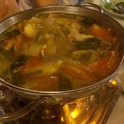 Lẩu cá trắm nấu măng chua