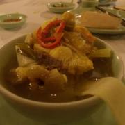 Lẩu cá trắm nấu măng chua cận cảnh