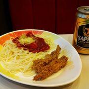 Mì Ý + gà chiên<a class='hashtag-link' href='/ho-chi-minh/hashtag/sapporopremiumbeer-188774'>#SapporoPremiumBeer</a>