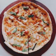 Pizza size vừa 149k gà và thanh cua