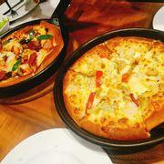 Pizza Tôm sốt bơ tỏi