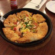 pizza cơn lốc hải sản viền mê ly