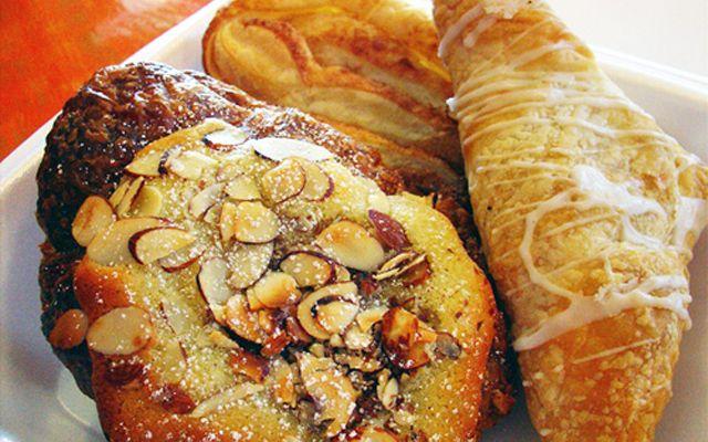 Sài Gòn Givral Bakery - Quang Trung