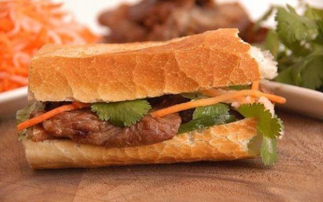 Bánh Mì Như Lan - 64 Hàm Nghi