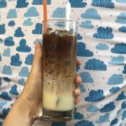 Cà phê sữa đá 75k