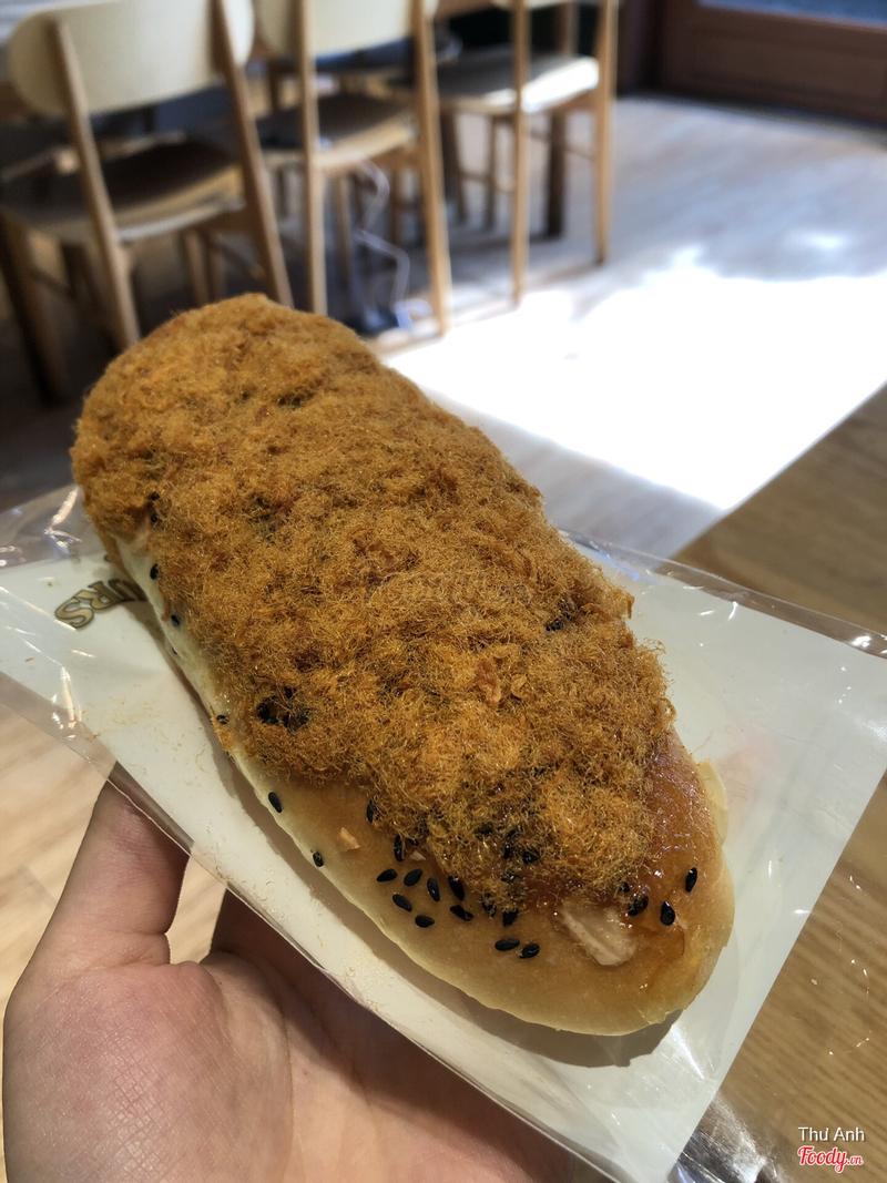 Bánh mì mè đen 24k ngon lắm
