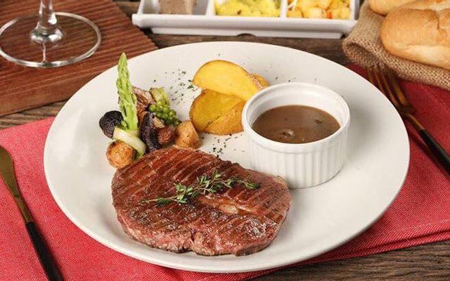 Măm Măm Steak - Giảng Võ